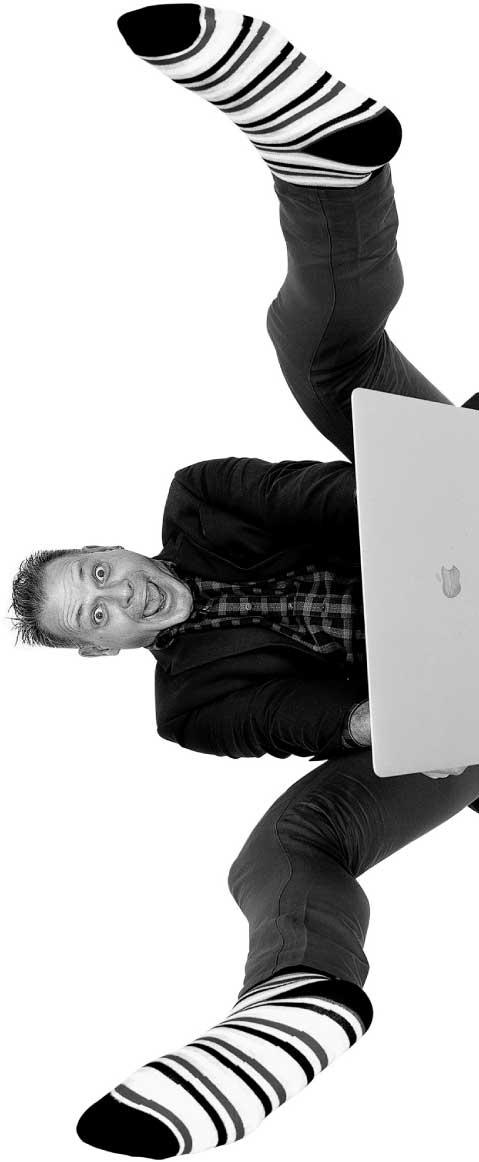 Jon Maxim, Freelance copywriter