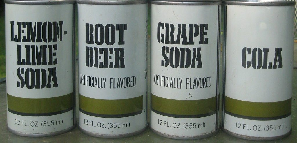 generic cola cans
