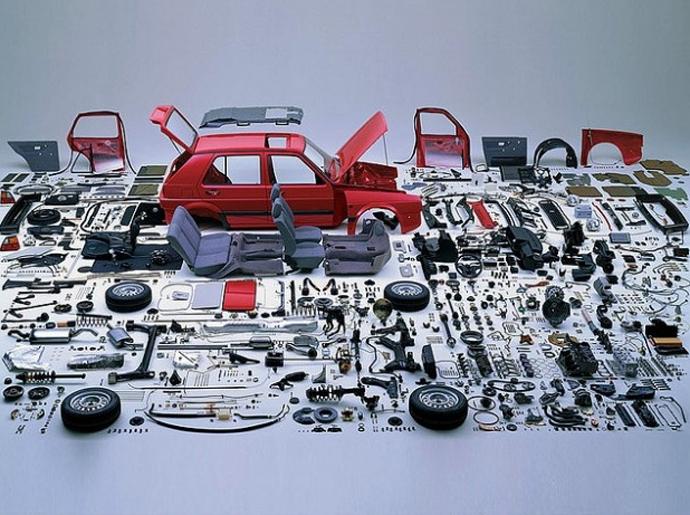 Volkswagen Golf pulled apart